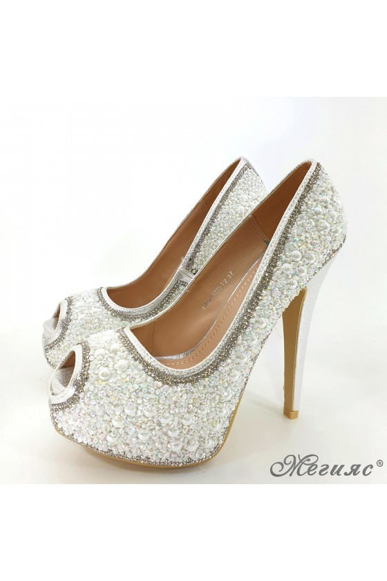 Lady elegant shoes Linda 1720-12 silver with stones