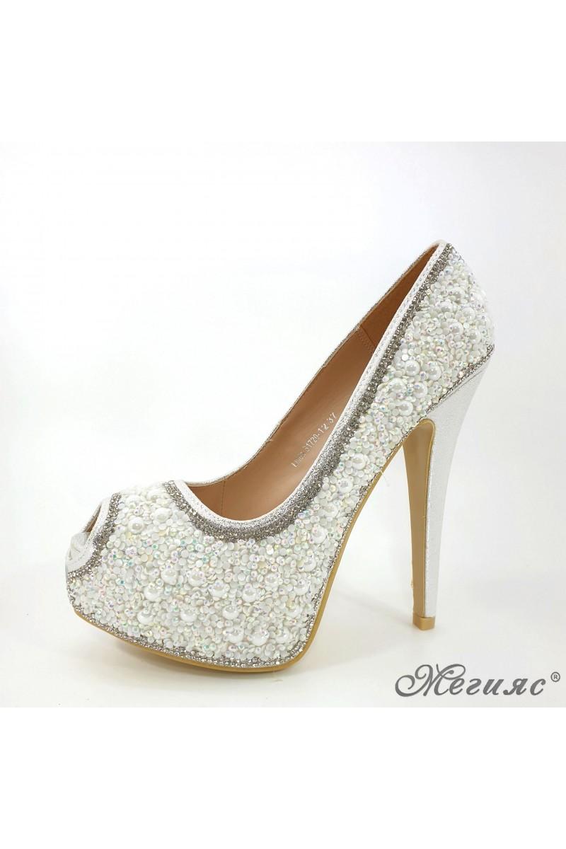 Дамски обувки Linda 1720-12 елегантни сребърни с камъни