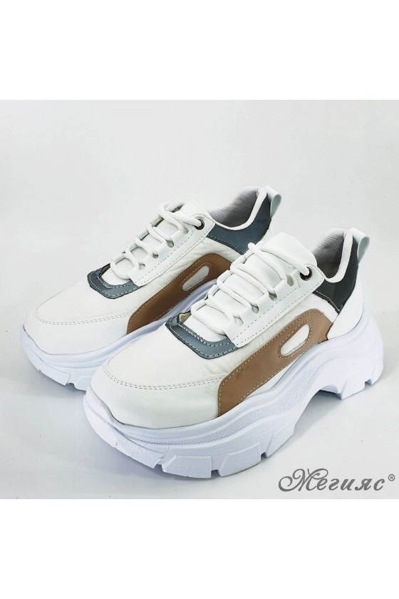 Lady sport shoes white and beige pu 3040