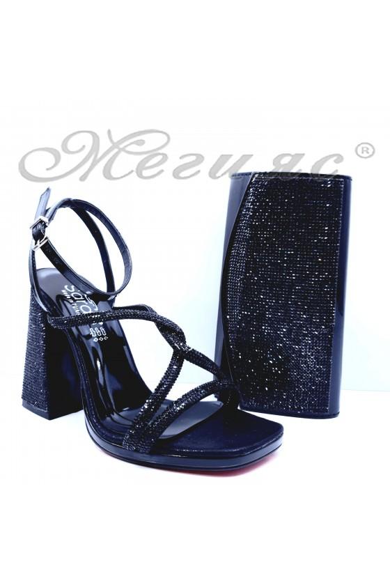 Дамски сандали на ток черни 1794 и чанта 1519
