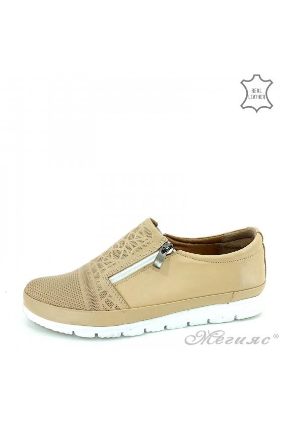 Дамски ежедневни обувки бежови от естествена кожа 201