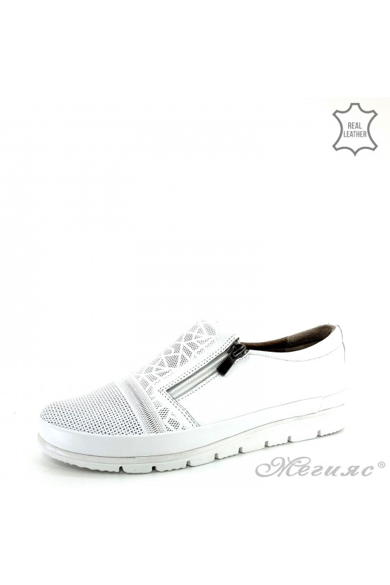 Lady sport shoes white leather 201