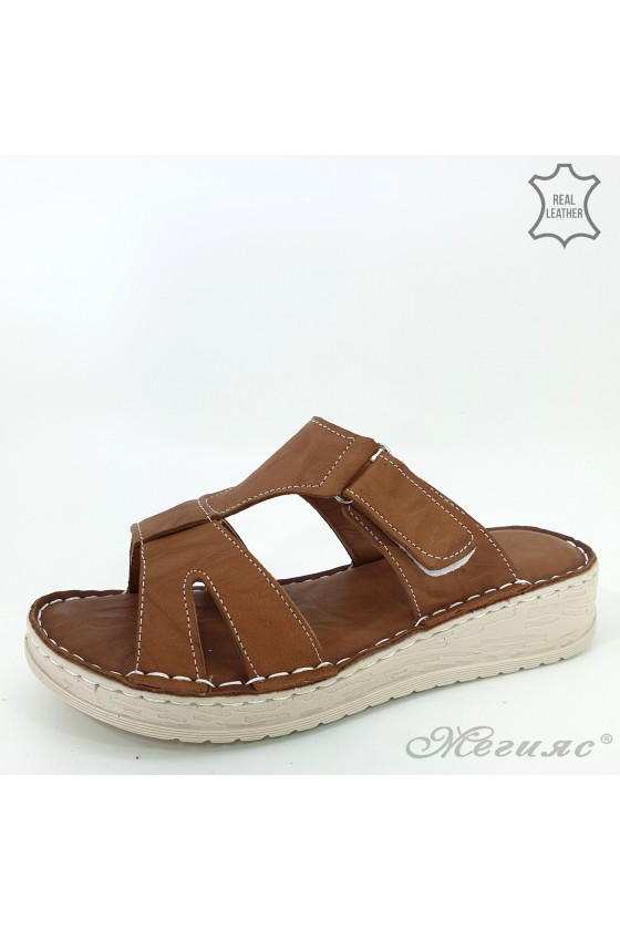 Lady slippers brown leather 03