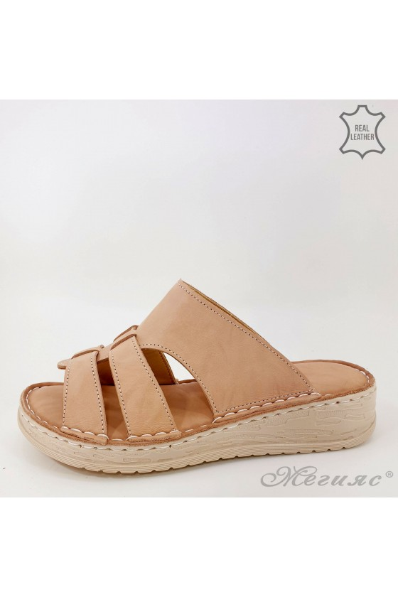 Lady slippers beige leather 02