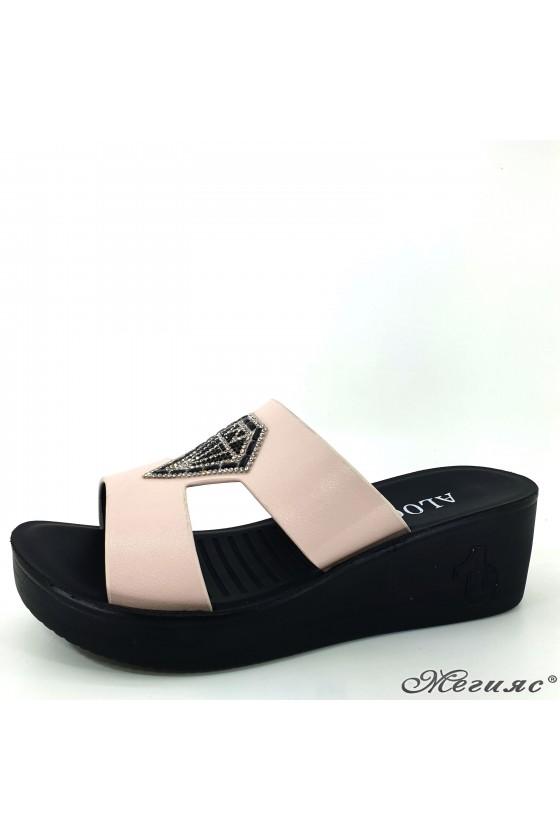 Дамски чехли на платформа еко кожа пудра 83-6
