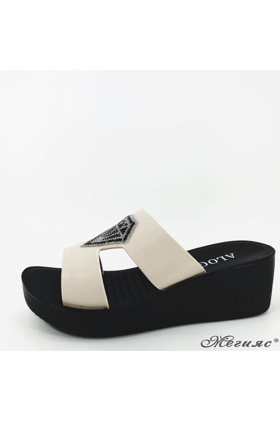 Lady slippers beige 83-3