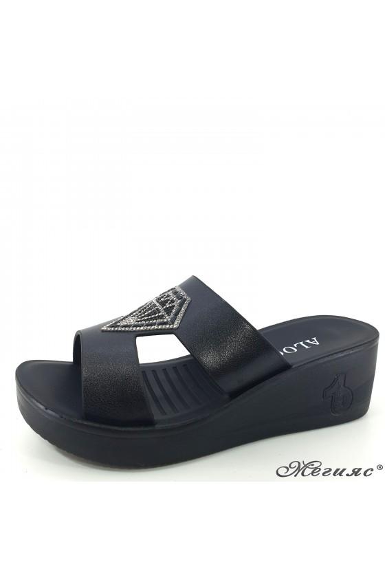 Дамски чехли на платформа еко кожа черни 83-1