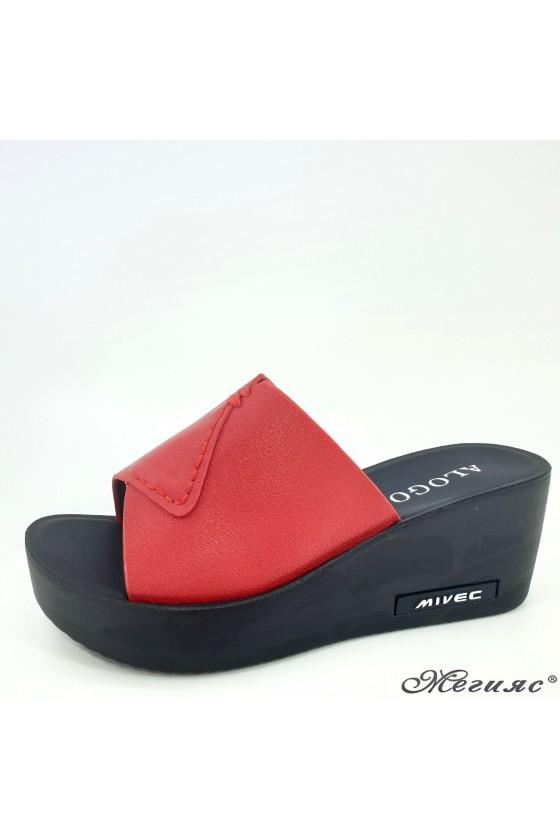 Дамски чехли на платформа еко кожа червени 96-9