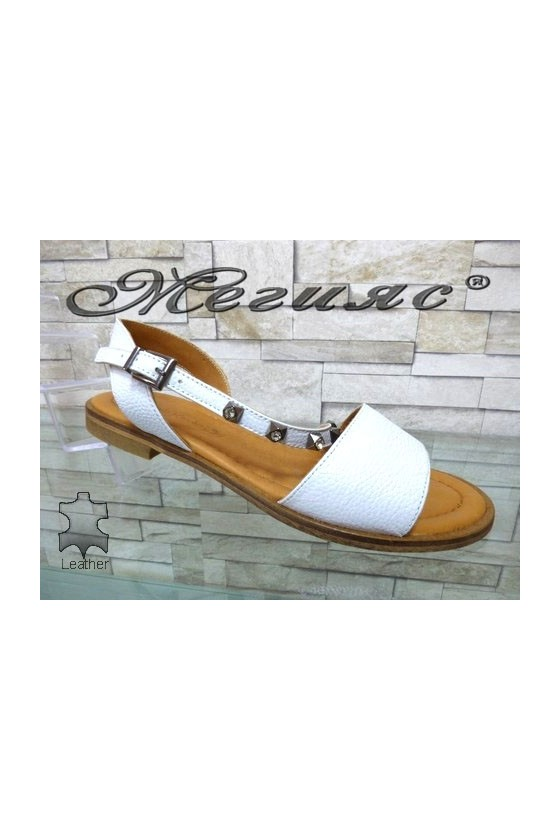 502/221 Women sandals white leather