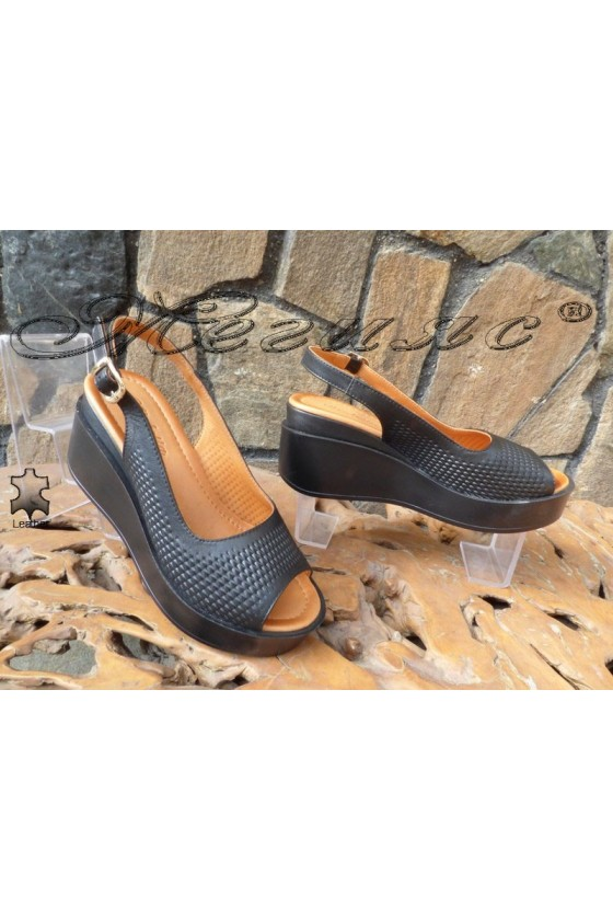 Дамски сандали 914-03 черни от естествена кожа