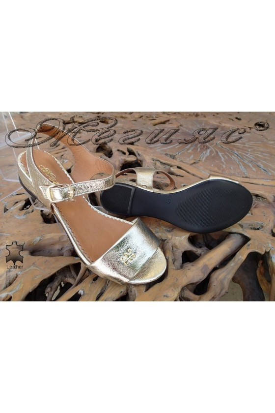 Women sandals 302-14 gold leather