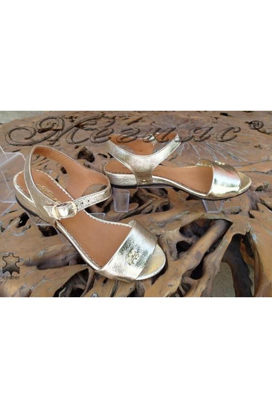 Дамски сандали 302-14 златисти от естествена кожа ежедневни