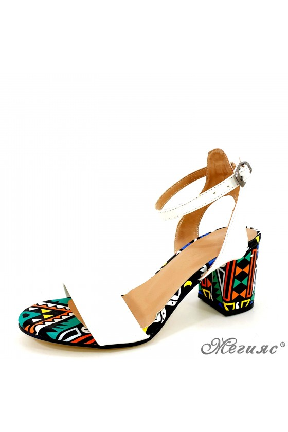 Lady sandals white with...