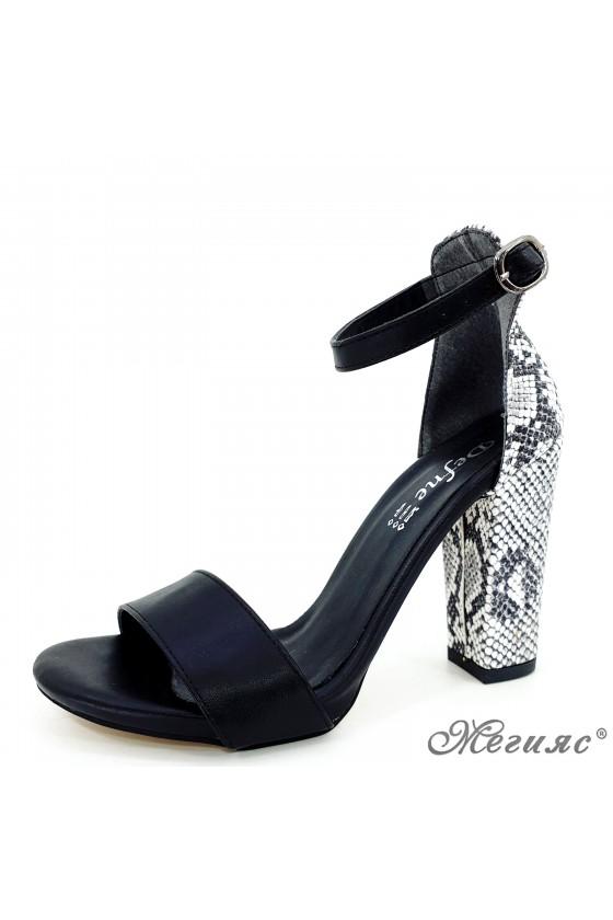 Дамски сандали черни 110