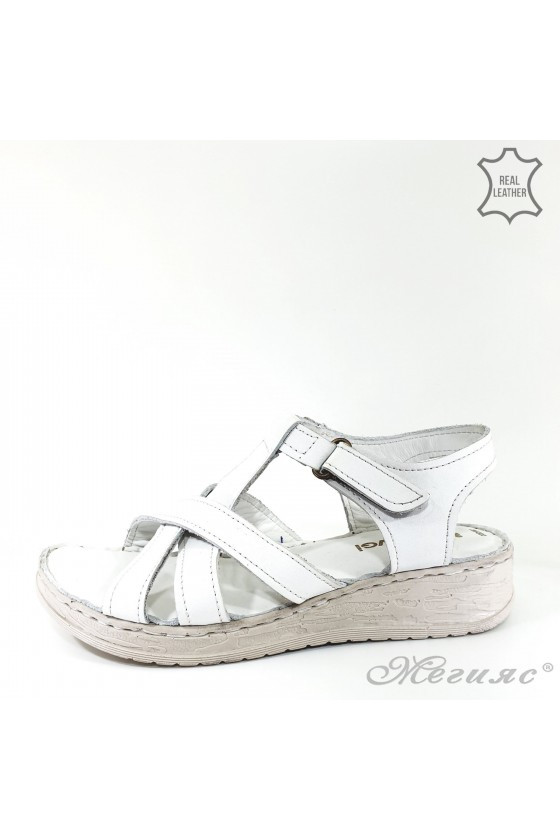Lady sandals white leather 002