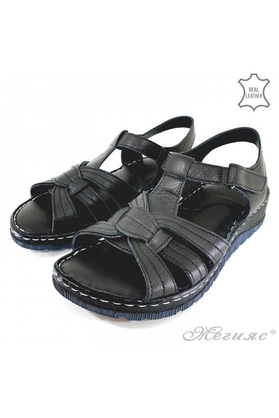 Lady sandals black leather 244