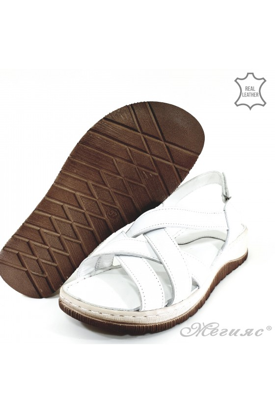 Lady sandals white leather 232