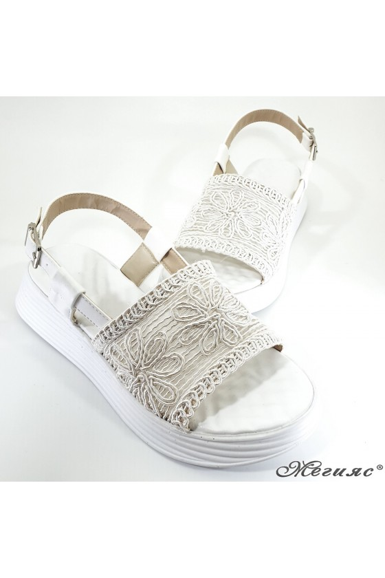 Lady sandals white 12135