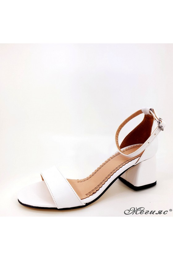 Lady sandals white 0257