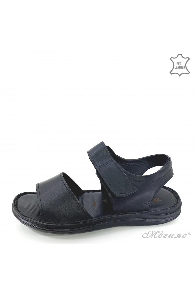 Men sandals black leather 050