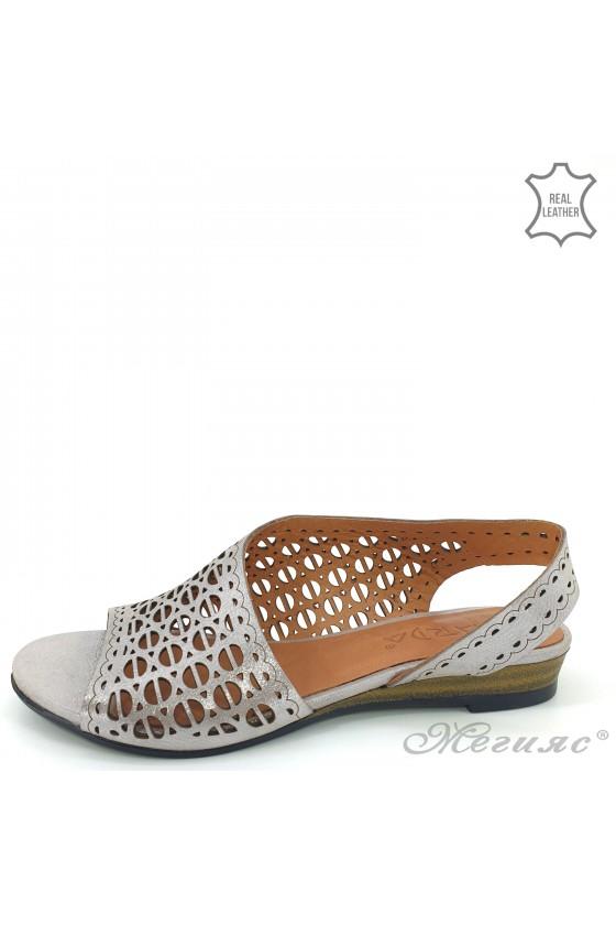 Дамски сандали естествена кожа сиви