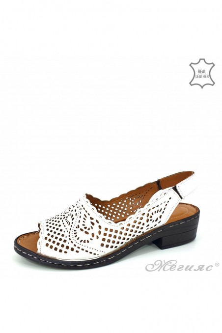 Lady sandals white leather 4023-05
