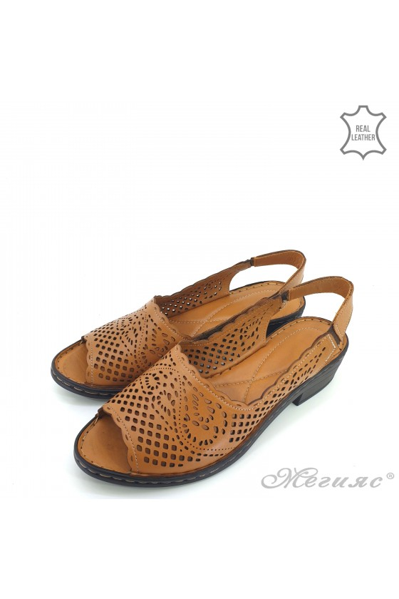 Lady sandals brown leather  4023-04