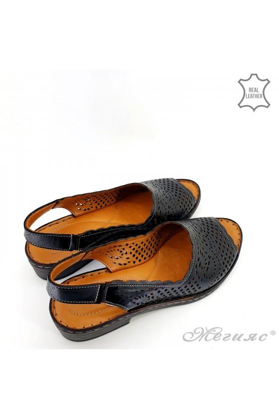 Дамски сандали XXL естествена кожа черни 4023-01