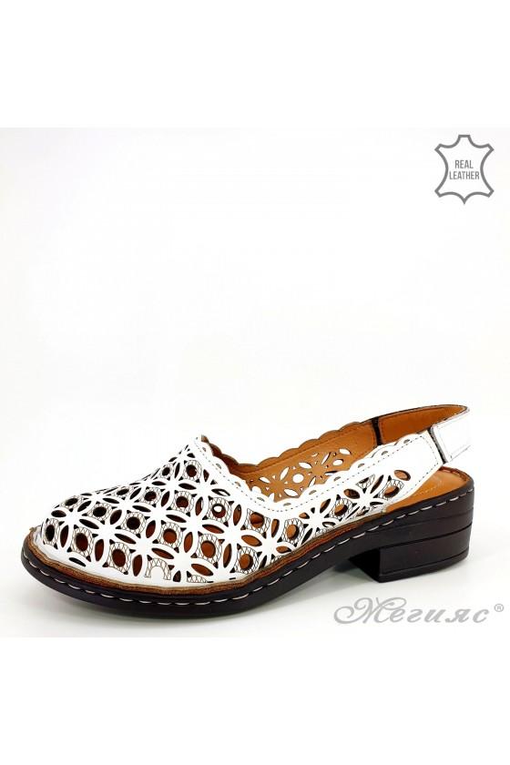 Дамски сандали от естествена кожа бели 4021-05