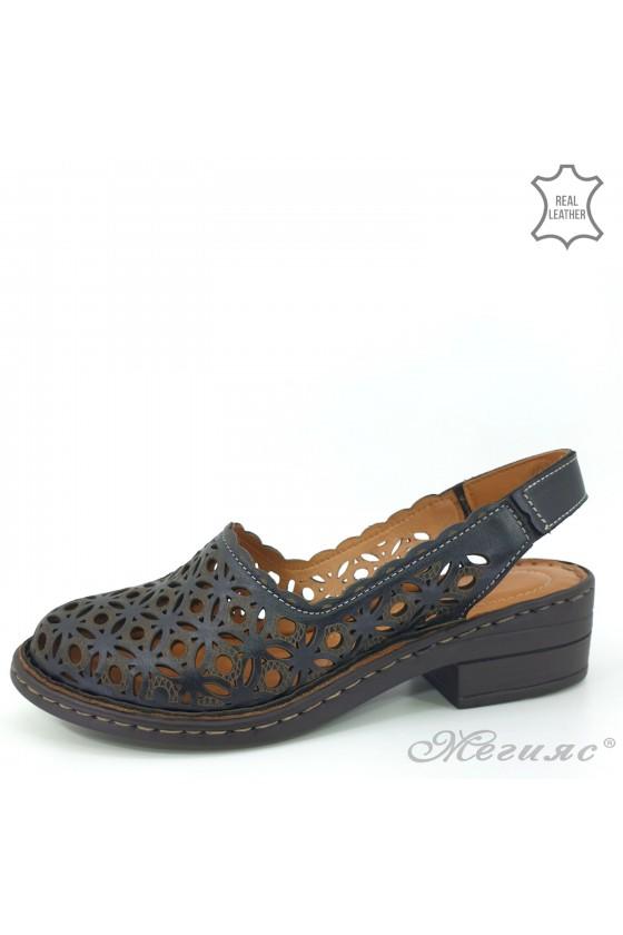 Дамски сандали от естествена кожа черни 4021-01