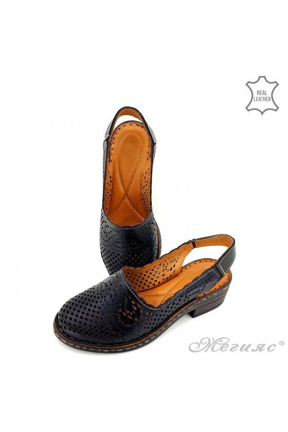 Дамски сандали от естествена кожа черни 4019-01