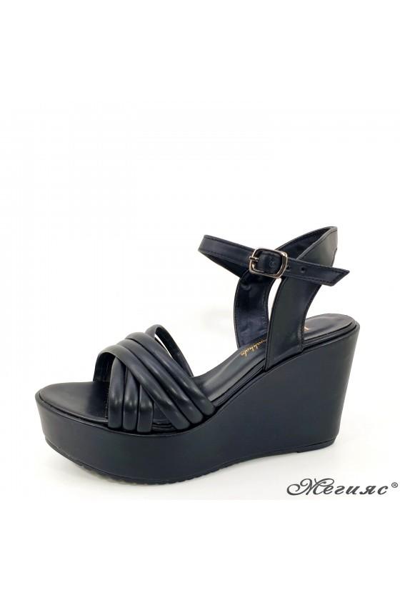 Дамски сандали черни 600
