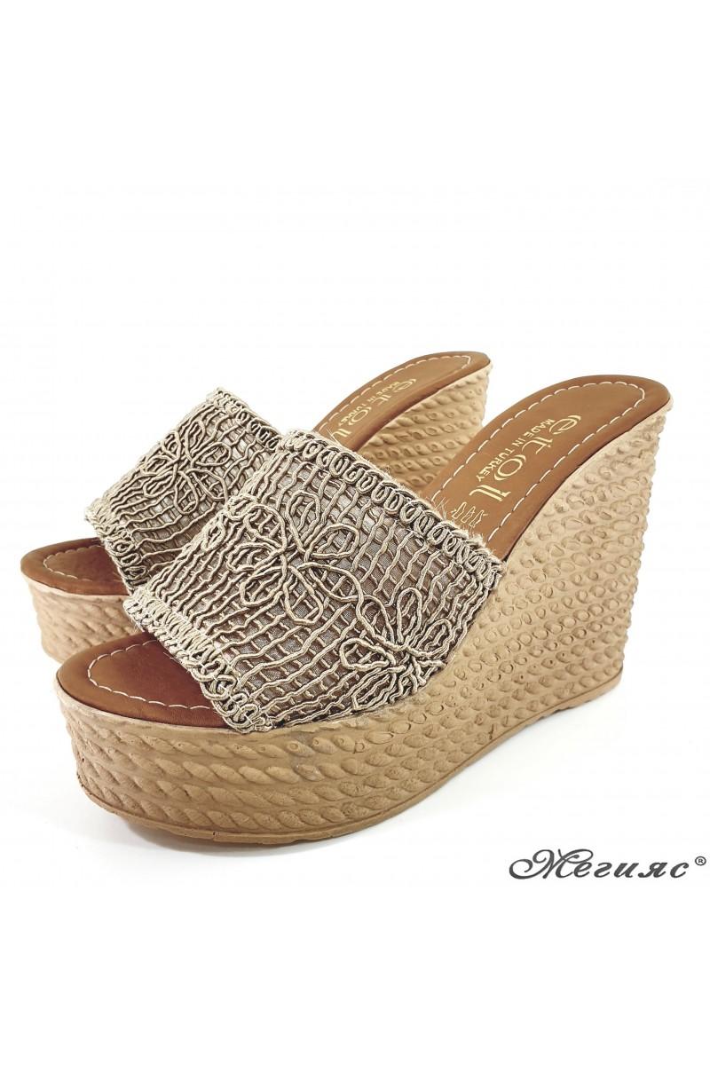 Дамски чехли на платформа текстил бежови 2203