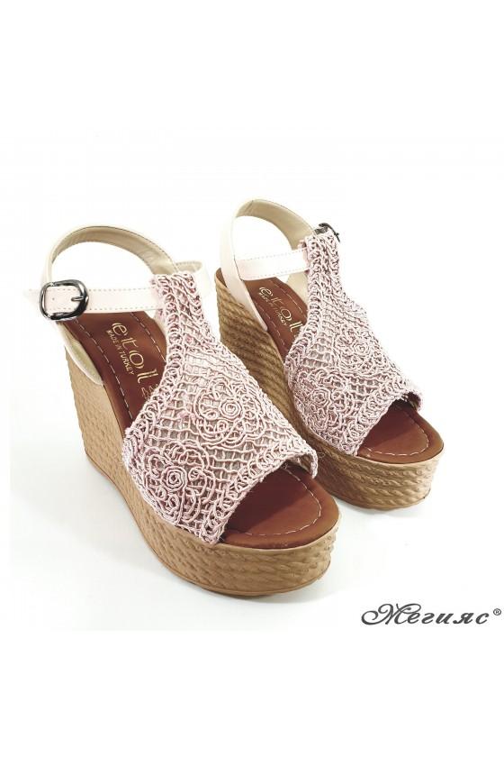 Дамски сандали oт текстил пудра 2202