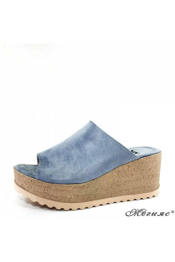 Lady flippers blue suede 298