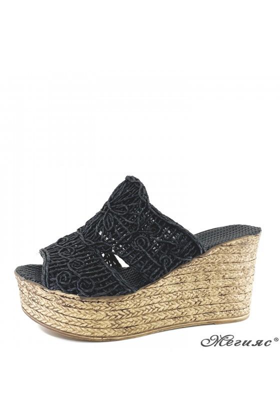 Дамски чехли oт текстил черни 405