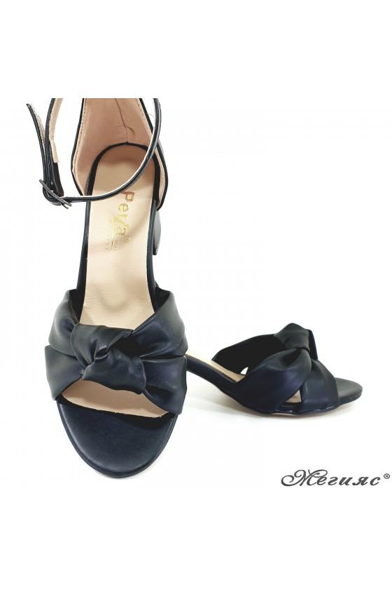 Lady sandals black 3005