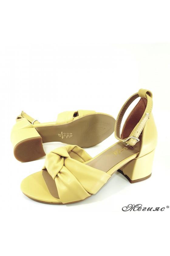 Дамски сандали жълти 3005