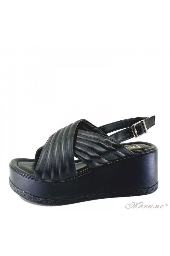 Дамски сандали черни 235