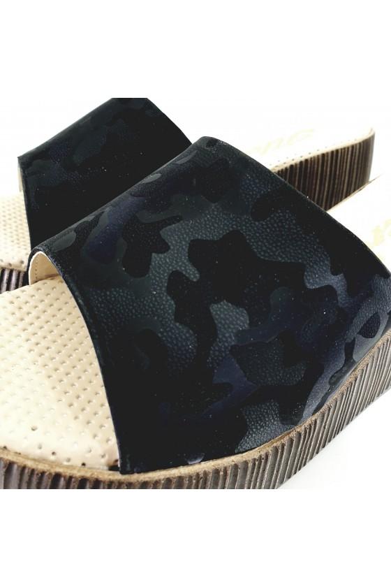 Дамски чехли на платформа черен камуфлаж 411