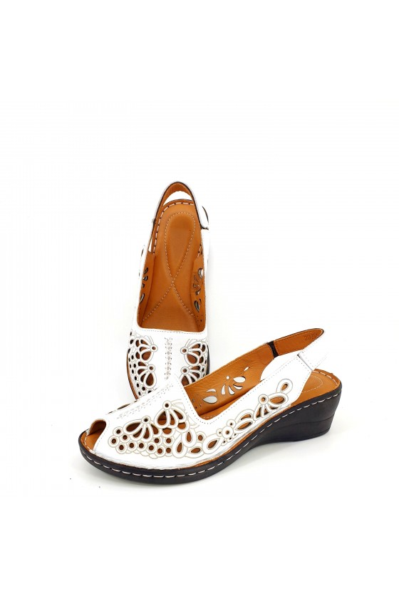Lady sandals white leather 2031-05
