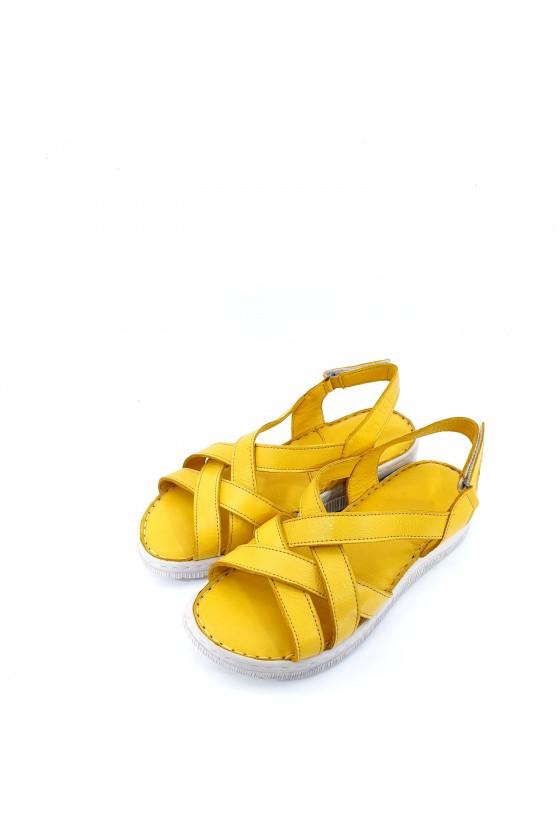 Дамски сандали от естествена кожа жълти 232