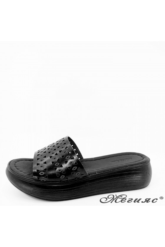 Lady flippers black leather...