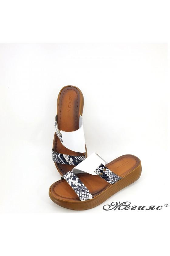 Дамски чехли от естествена кожа бяло със змия 534