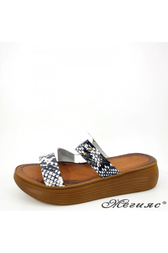 Lady flippers white leather...