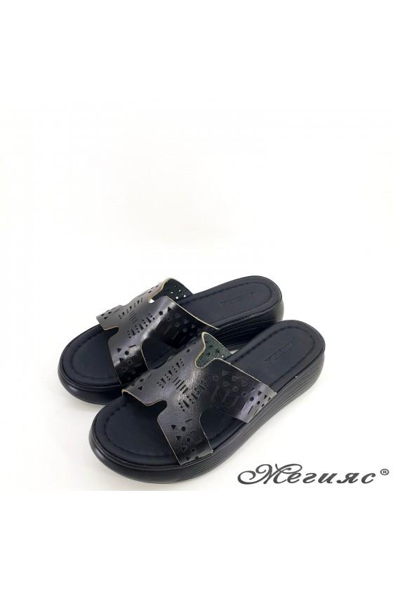 Дамски чехли от естествена кожа черни 533