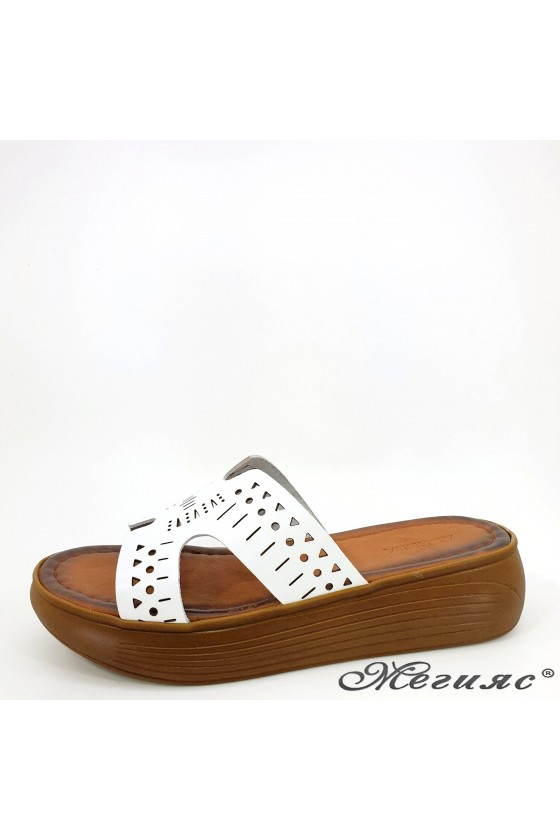 Lady flippers white leather 533