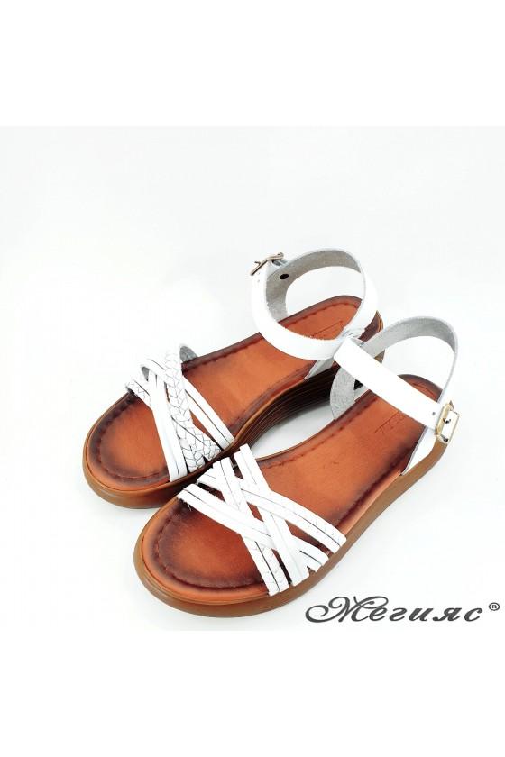 Дамски сандали от естествена кожа бели 505