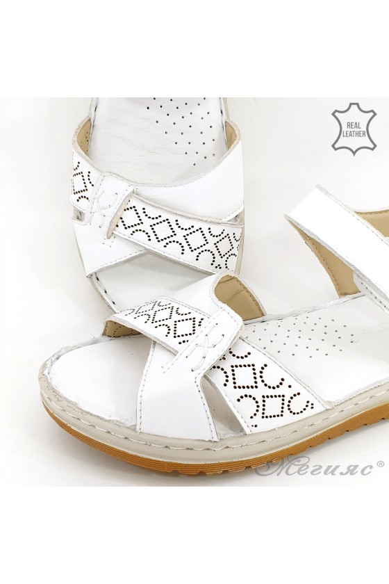 Lady sandals white leather 178