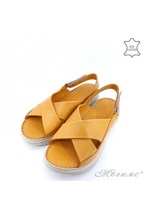 Дамски сандали от естествена кожа оранжеви 462